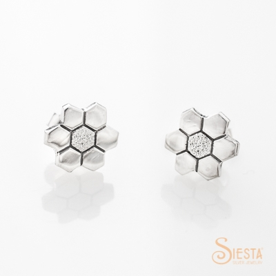 Siesta Silver Grandmothers Flower Garden Earrings on Post
