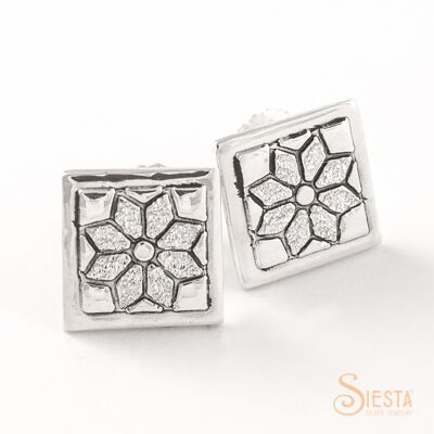 Sterling Silver Mini Dresden Plate Earrings on Post