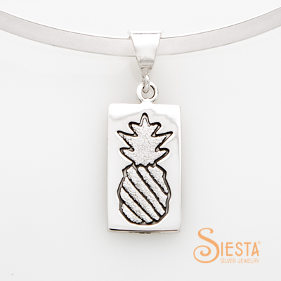 Crowned Pineapple Medium Quilt Jewelry Pendant